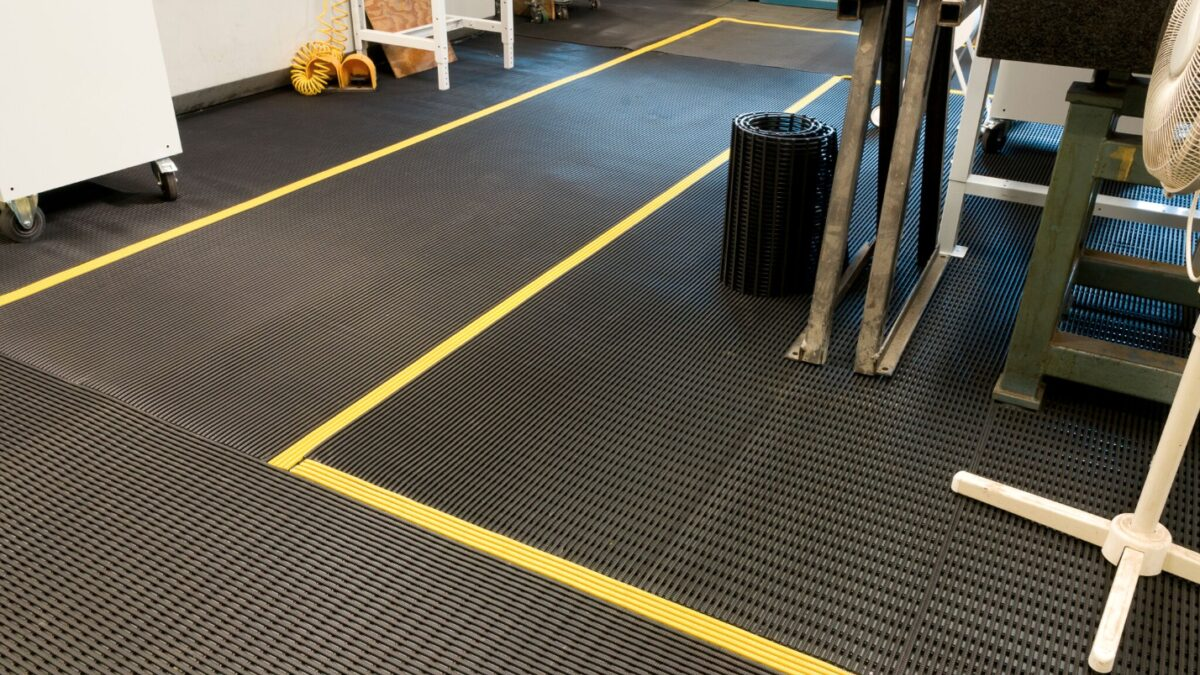At global manufacturer Sandvik Coromant, Vynagrip matting helps keep factory employees safe from slips and free from fatigue.