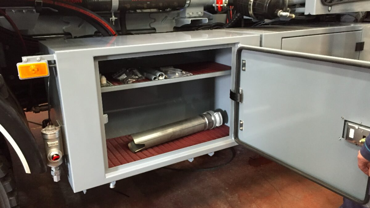 Los pavimentos de protección de Plastex ayudan a proteger superficies, compartimentos y objetos almacenados.